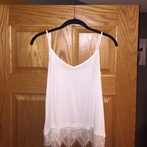 American Age Tops - Soft and Sexy American eagle lace tank!