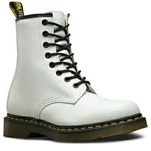 NWOT Dr Martens White 8 Eye Boot