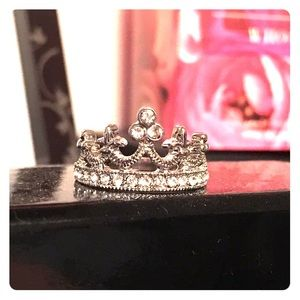 Boutique Jewelry - 👑Queen Faux Diamond Crown Ring