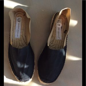Andre Assous Shoes - Andre assous Canvas loafer made in France size 10