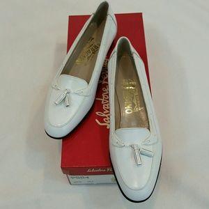 Salvatore Ferragamo Shoes - Salvatore Ferragamo White Calf Tassel Loafers Sz 6