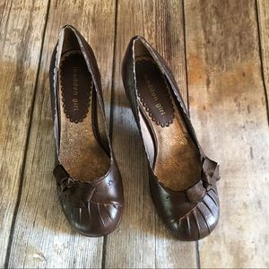 Madden Girl Shoes - Madden Girl Brown Bow Heels