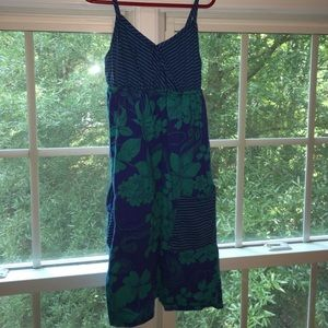 Cute flower and stripped dress size M with pockets