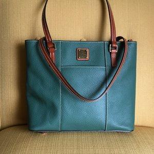 Dooney & Bourke Handbags - ❤️WEEKEND SALE💚 Hunter green Dooney tote