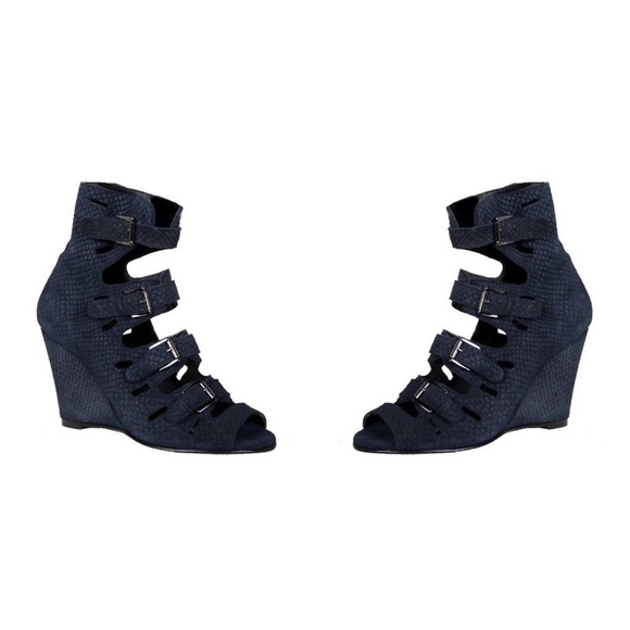 Surface To Air Buckle Shoes