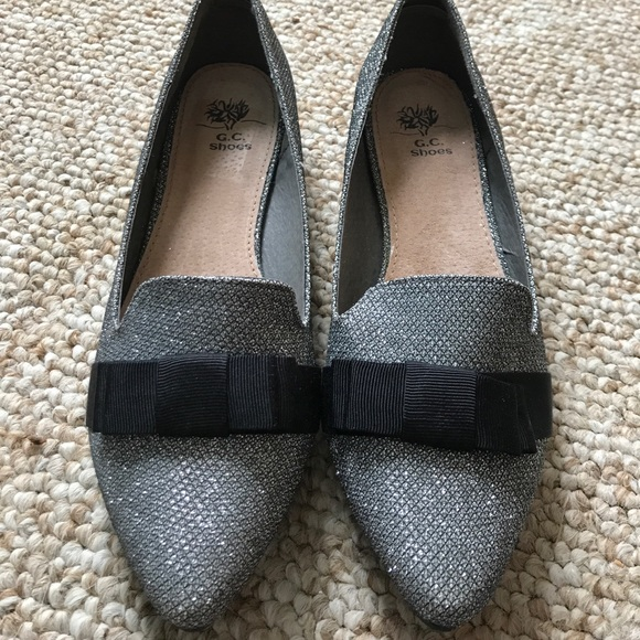 542600dce0a GC Shoes Shoes - Silver Glitter Loafer with Black Grosgrain Bow