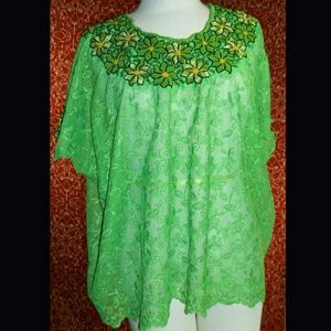 no brand Tops - VINTAGE 70s lace embroidered batwing blouse S/M