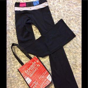 lululemon athletica Pants - Lululemon Groove Pant with colorblock waist