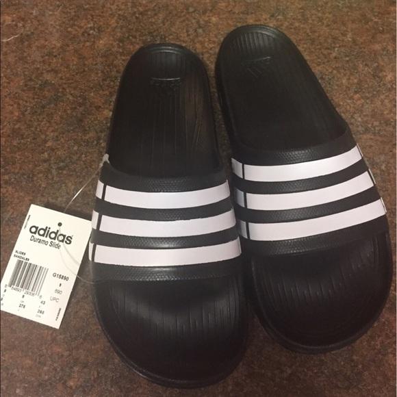 7db86d442e98 Brand new Adidas Duramo Slides Men sz.9