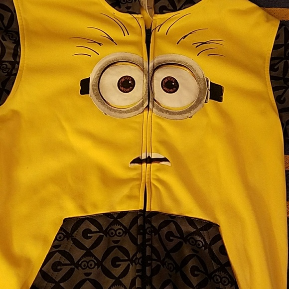 Other - Minions zip up