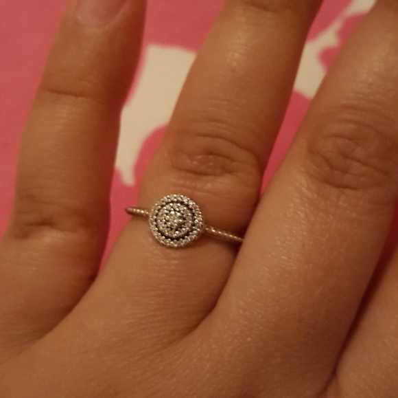 f8d9264a3389e Pandora Radiant Elegance ring in cz