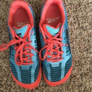 Altra Shoes - Altra Provision 8.5