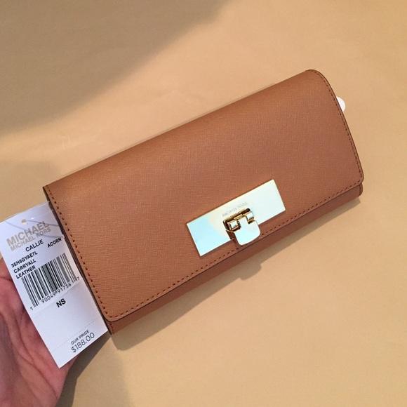 8e2a9e147dc568 ... new zealand michael kors callie carryall leather wallet f5088 40d14