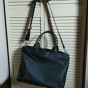 Nook Handbags - Nook black leather bag.