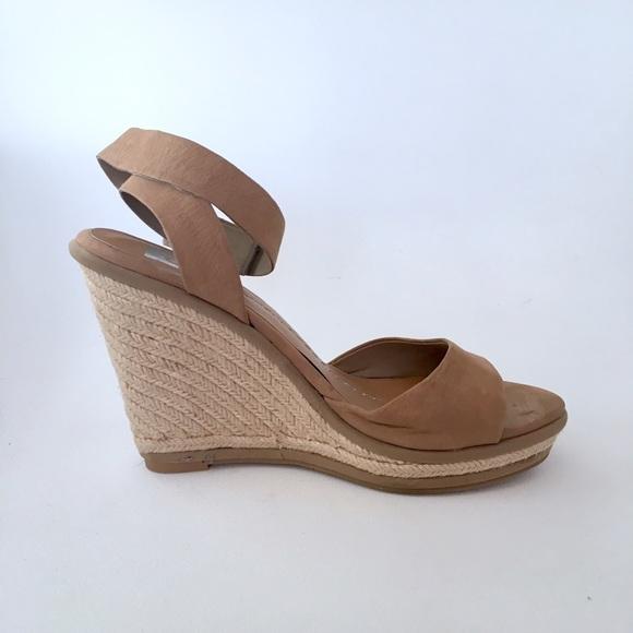 Dolce Vita Shoes - 🔆 SALE Dolce Vita Tonya Sandal