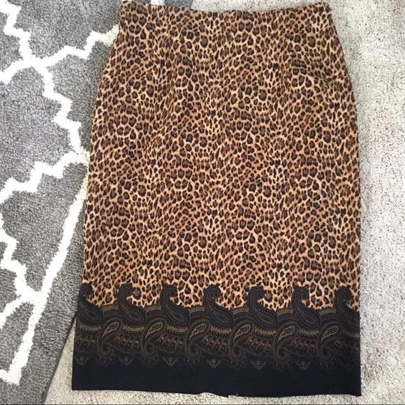 Leslie Fay Dresses & Skirts - Leopard-Print Skirt w/ Paisley Border
