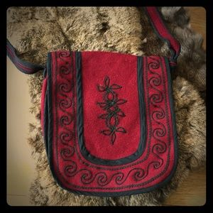 Embroidered Wool Should Bag