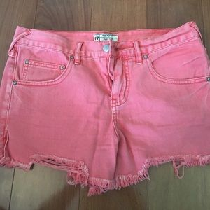 Pink free people jean shorts. Size 26