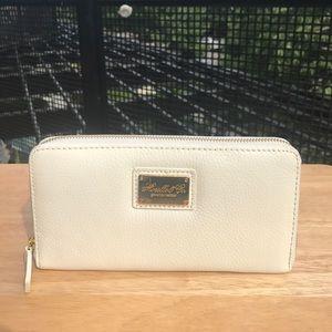 Handbags - NEW Genuine Leather Zip Around Wallet