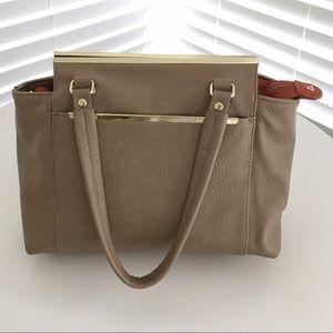 Olivia + Joy Handbags - Olivia + Joy tan purse 👛