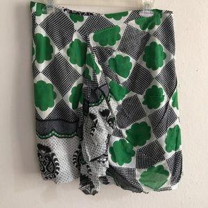 SUNO Dresses & Skirts - Suno green and white medium skirt