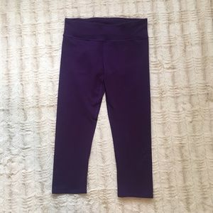 Fabletics Pants - Fabletics Salar Capris