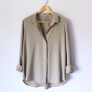 NWOT greige button down blouse
