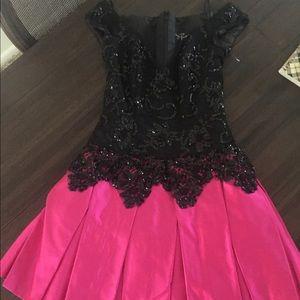 Jenny Packham Dresses & Skirts - Vintage Jenny Packham party dress