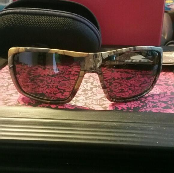 eb2d2c24b589 costa Accessories | Like New Sunglasses Camo | Poshmark