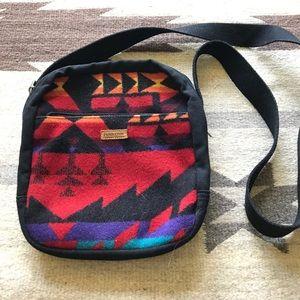 Pendelton Handbags - Pendleton Wool crossbody Aztec print, like new!