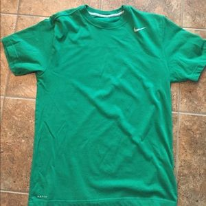Men's dry fit Nike shirt