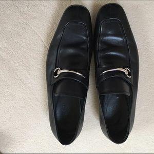 gucci dress shoes. gucci dress shoes - black color very sharp!