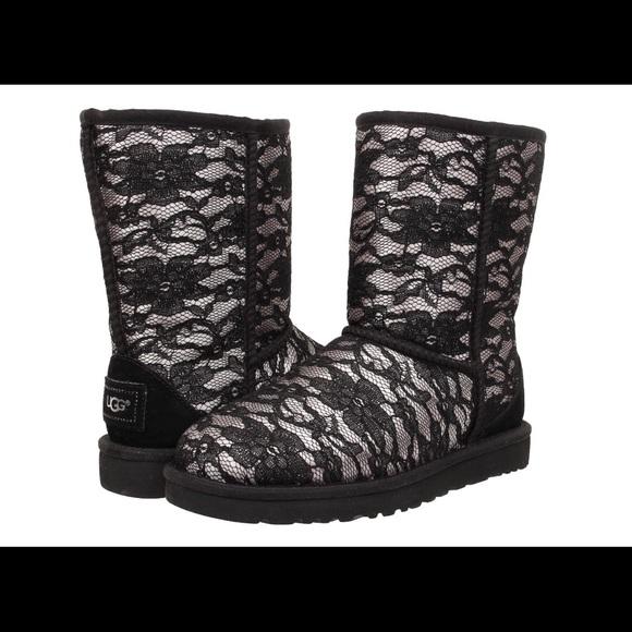 0fbc236a10f Black Classic Short Antoinette Ugg Boot Size 6