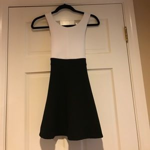Amy Byer Other - White and Black Girls Dress