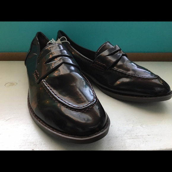 25292049c16 NWT Old Navy Deep Burgundy Women s Penny Loafers