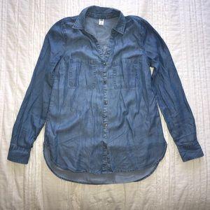 Old Navy Medium Wash Chambray Shirt XS