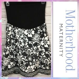 Motherhood Maternity Black and White Floral Skirt