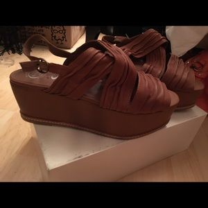 New Jeffrey Campbell Shoes new in box