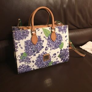 Dooney and Burke perfect flower summer purse
