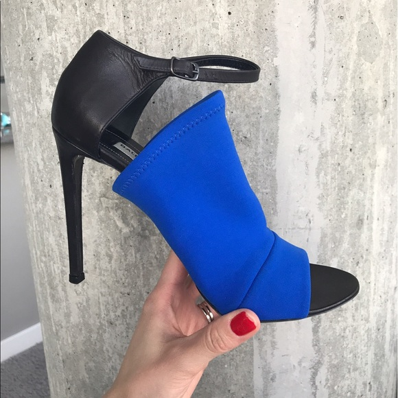 Balenciaga Shoes - Balenciaga two tone pumps