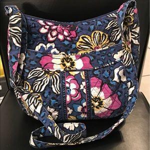 Vera Bradley Handbags - Vera Bradley Sling bag