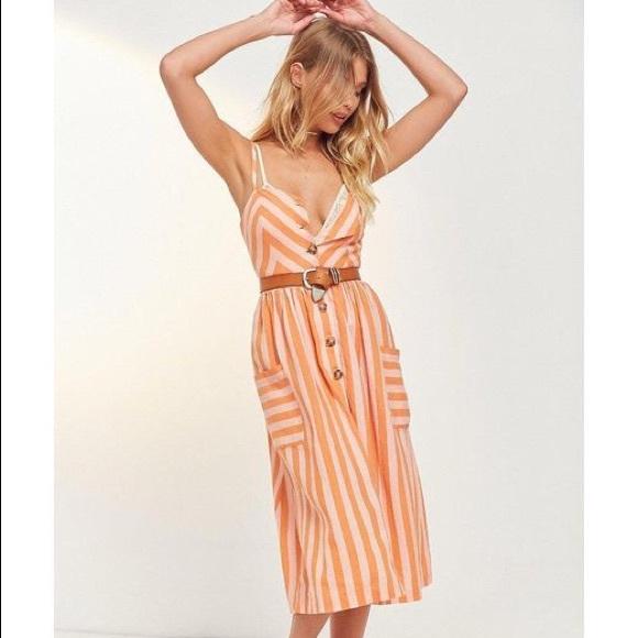 b2b82eb4368 Cooperative Dresses   Skirts - Cooperative Emilia Linen Button Midi Dress