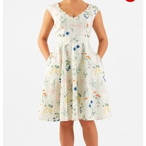 eshakti Dresses & Skirts - Eshakti Floral Print Dress