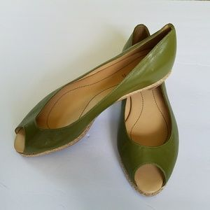 Unisa Shoes - GREEN LEATHER OPEN TOE ESPADRILLE FLATS 7 M