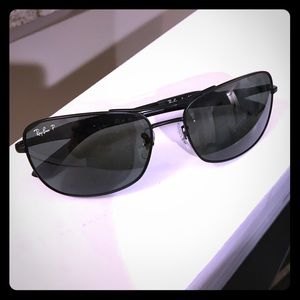 Ray-Ban Other - Polarized ray bans! New nwt, very nice sunglasses
