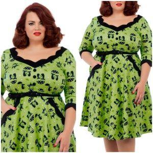 Voodoo Vixen Pin Up Clothing Dress Plus Size Girl NWT