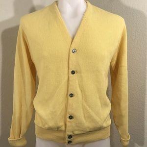 VTG 1970s Mod Hip Sears Men's Store Yellow Sweater