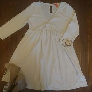 Chelsea & Violet Dresses & Skirts - 🆕 (Dillard's) Cream Knit Dress