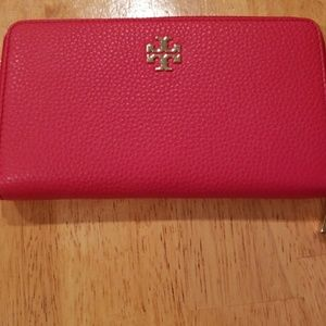 Tory Burch Handbags - TORY BURCH LARGE WALLET