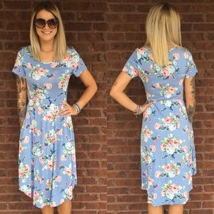 Floral Midi dress with pockets